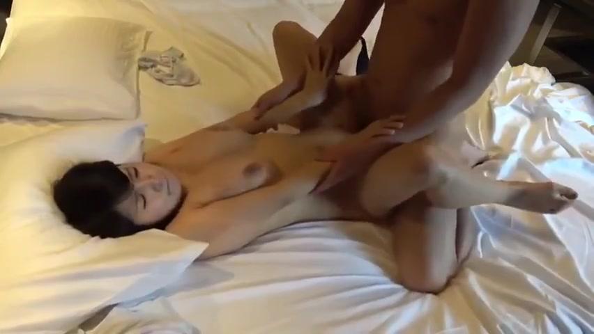 Christy canon ne énorme bite lancinante@todorazor.com