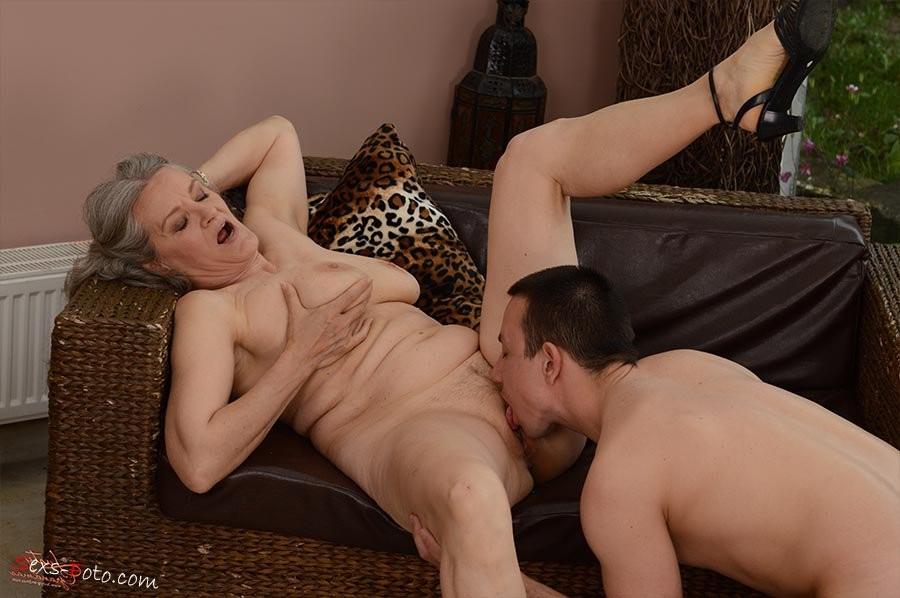 oma granny porn star – Lesbian