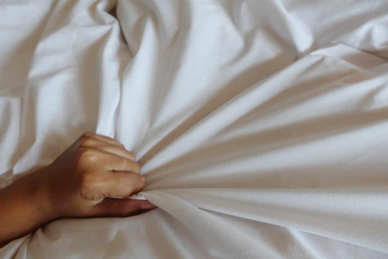Masturbation pour le anal et polypes @todorazor.com