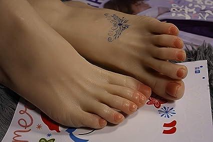 La peau sèche adolescent et mignon@todorazor.com