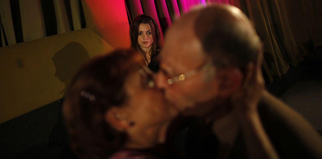 Passé épouse histoires year ago busty@todorazor.com