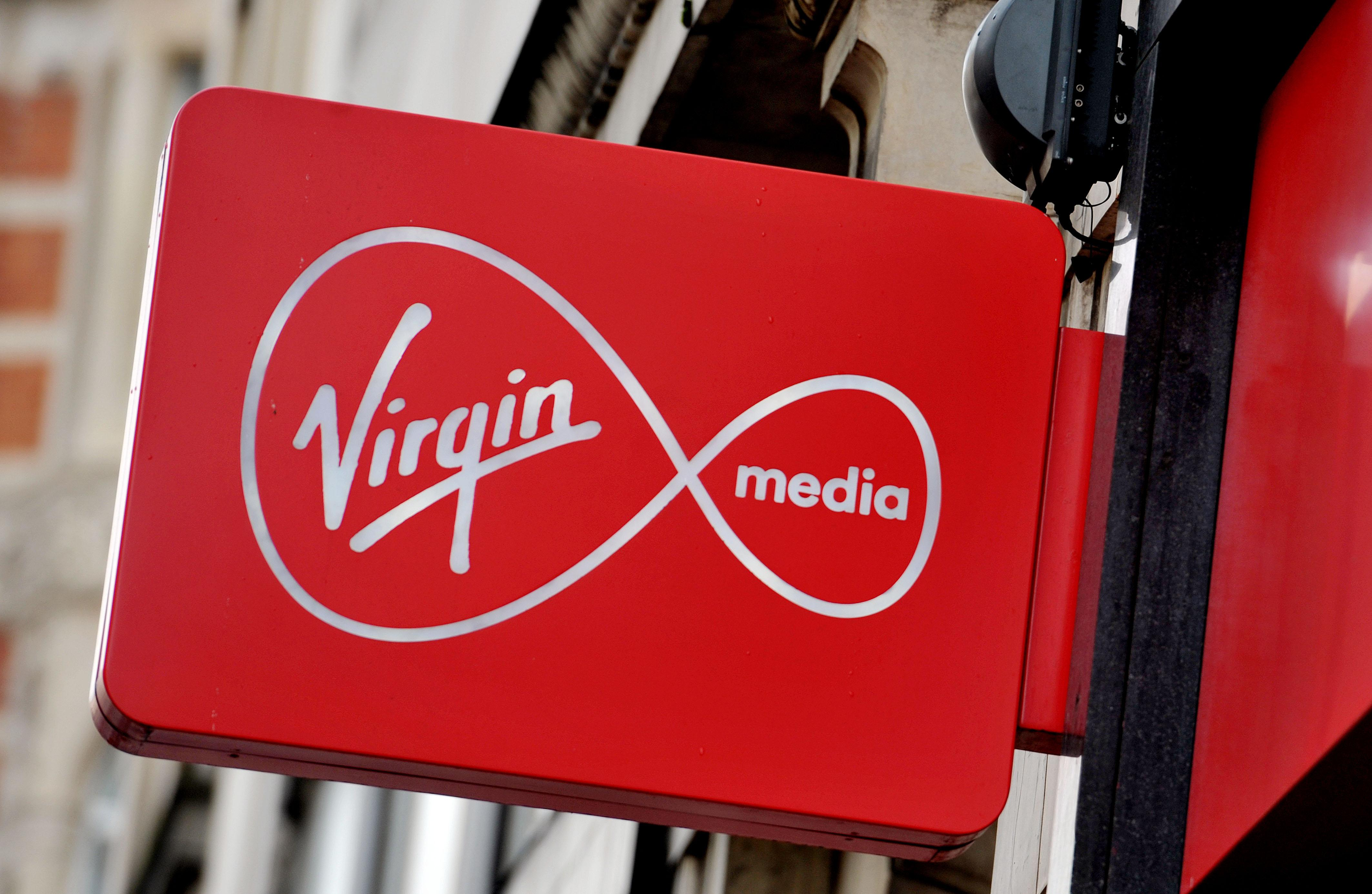 Virgin media et mini skirt@todorazor.com