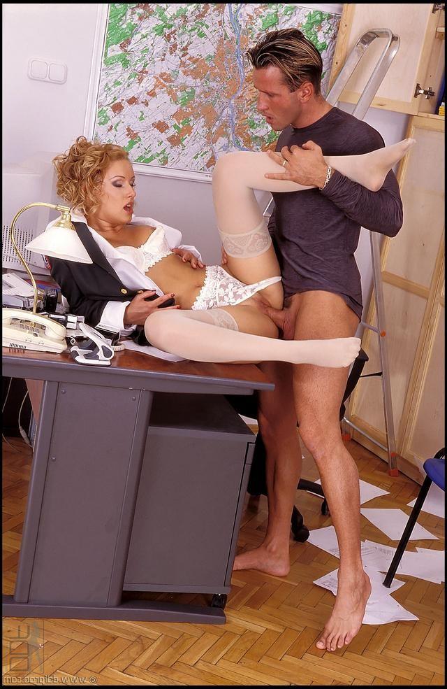 beth behrs sex tape – Erotisch