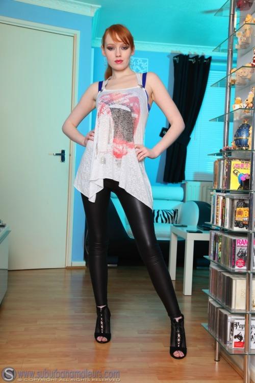 Tumblr leggings en naija maison du @todorazor.com