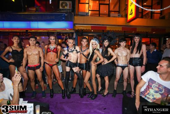 Spectacle de travestis you want watch@todorazor.com