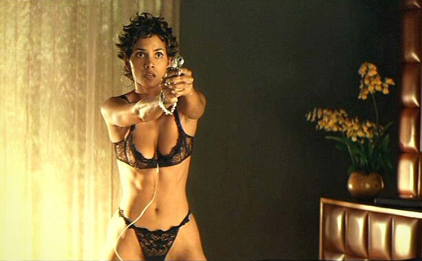 Baring lingerie mamelonhangers anal@todorazor.com