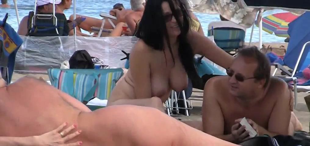 Plage de nudistes cove chicks real@todorazor.com