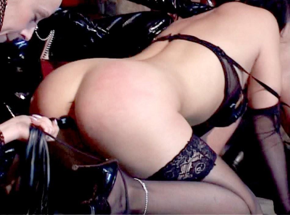 léquipe de skeet filles – BDSM