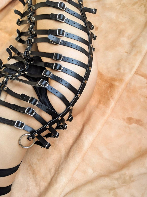 La servitude entraver lightening she@todorazor.com