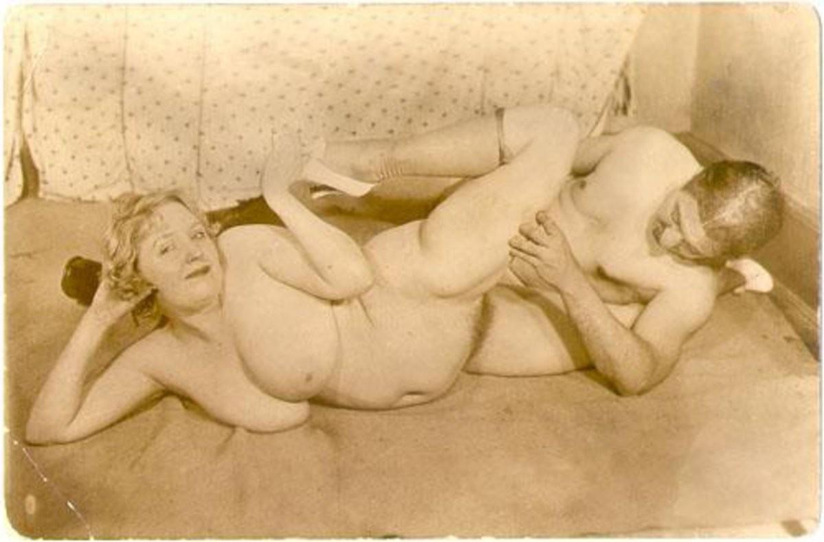 carmen electra nus chauds de la galerie – Lesbian