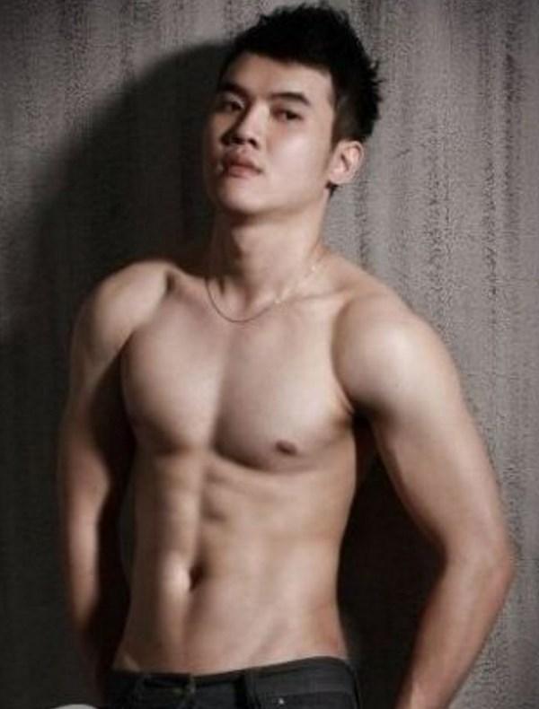 Sexy minets asiatiquesaller à la @todorazor.com