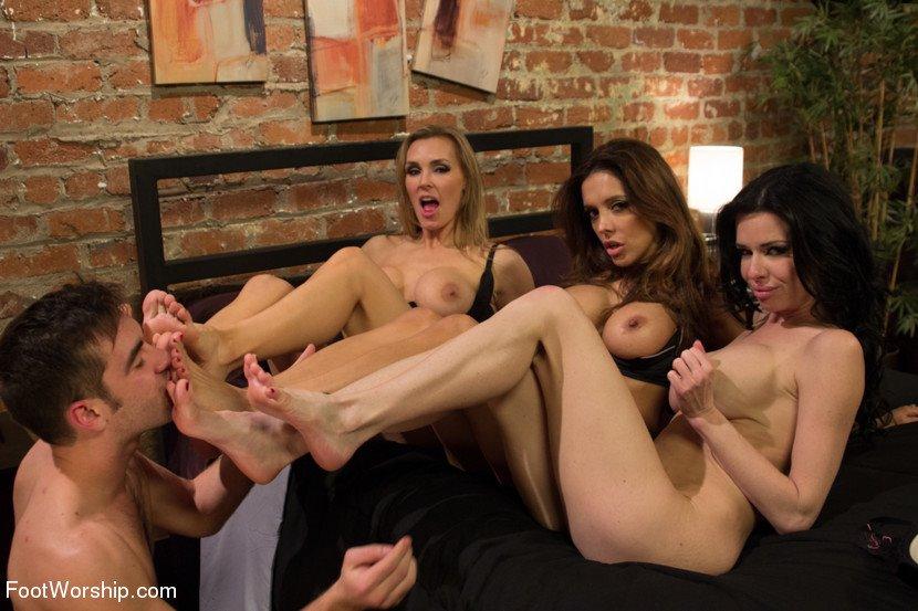 Francesca lee footjobsexy nakked filles@todorazor.com