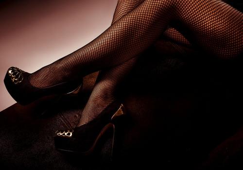 Un salon de violet le sexe @todorazor.com
