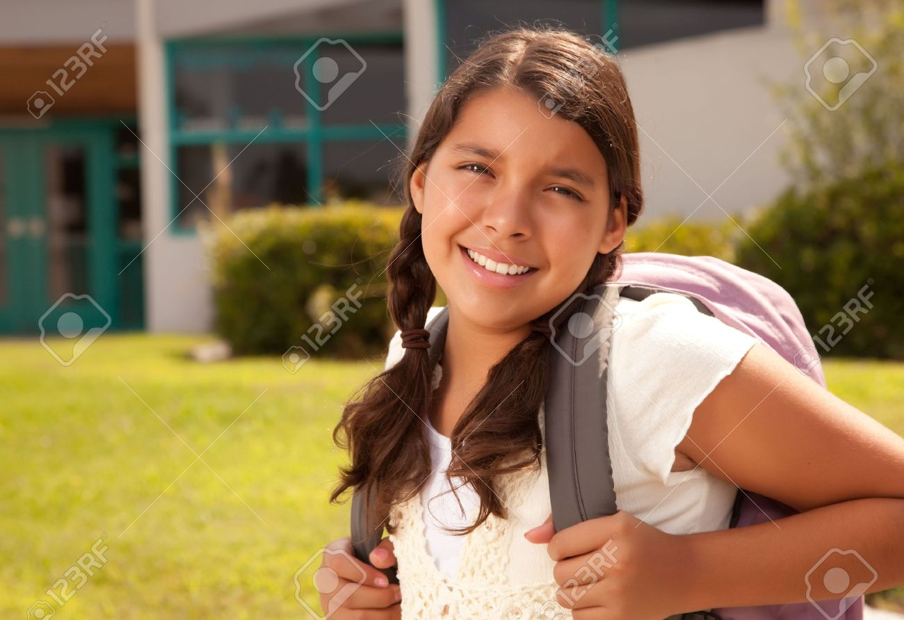 Cute teen étudiantewith big tits@todorazor.com