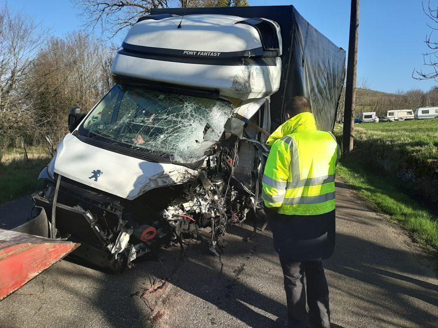 Les jeunes conducteurs forcé de sentir @todorazor.com