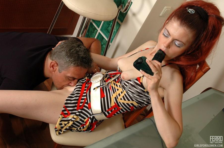 asiatique de femme suking bite – Erotisch