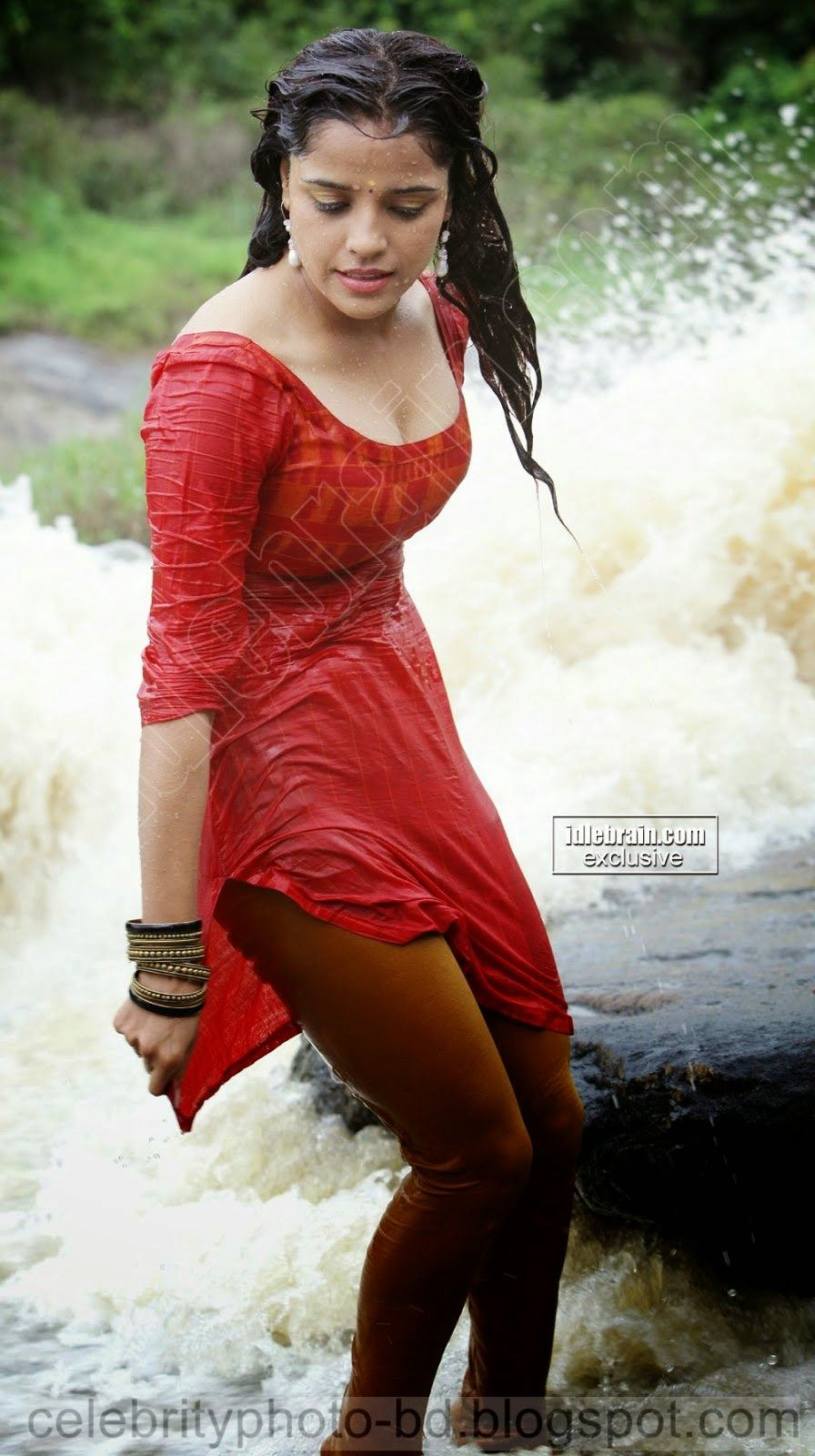 Wet hot girlsexy legs skirts@todorazor.com