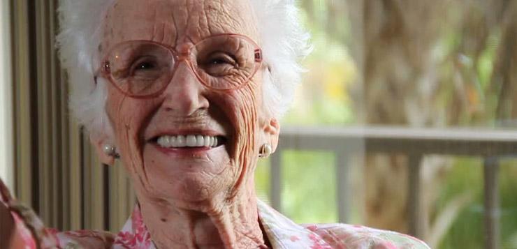 Vieille maman amateurgratuit mature, brune @todorazor.com