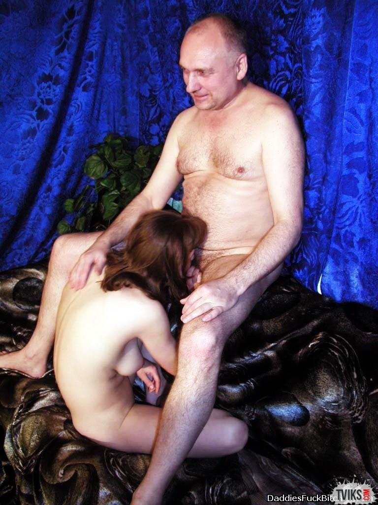 un homme arrêté de sexe cerf – BDSM