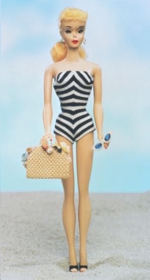 Ultime dune poupéedes nus de @todorazor.com