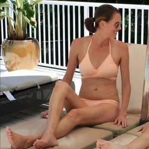 Bikini weenie de models anal creampie@todorazor.com