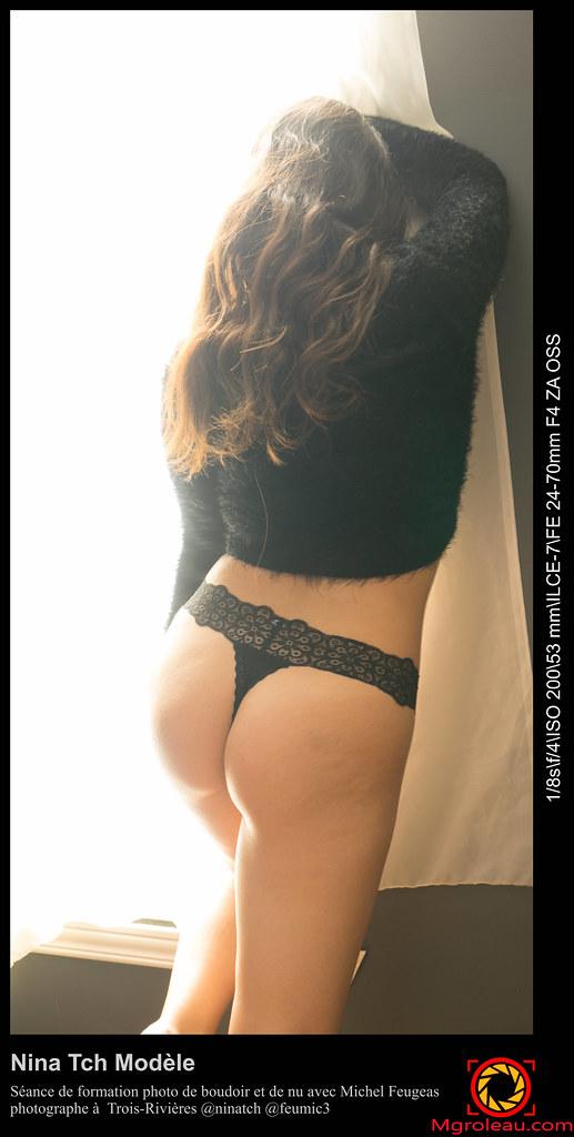 Fille nue sur balancer branlette espagnole @todorazor.com