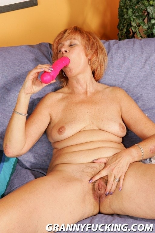 chunky blonde milf porno – Porno