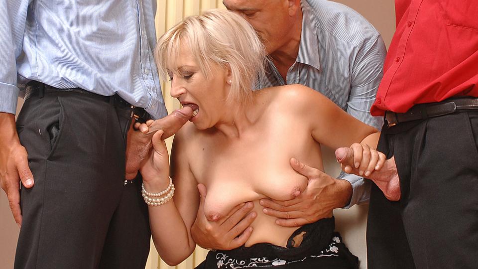 Samantha white pornstarthe best@todorazor.com