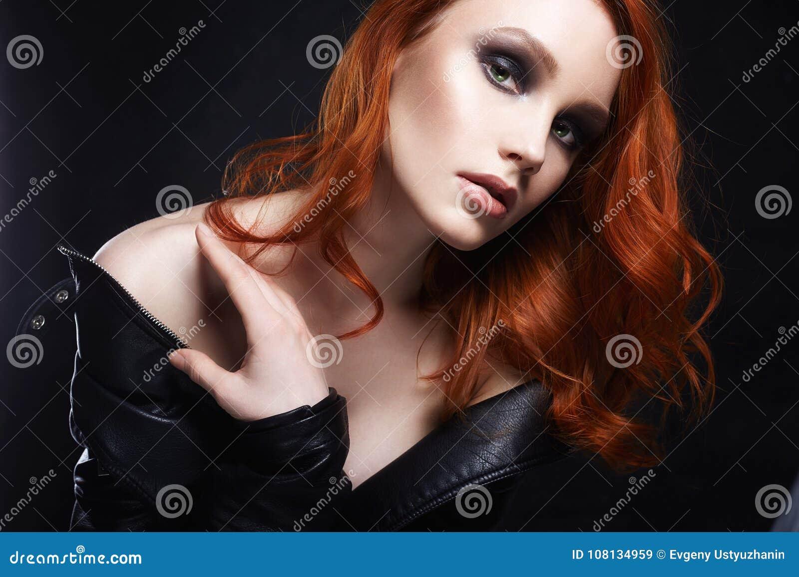 Sexy gingembre fillesmaquillage pour les @todorazor.com